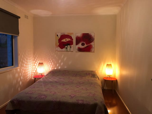 Bed room 1 - double