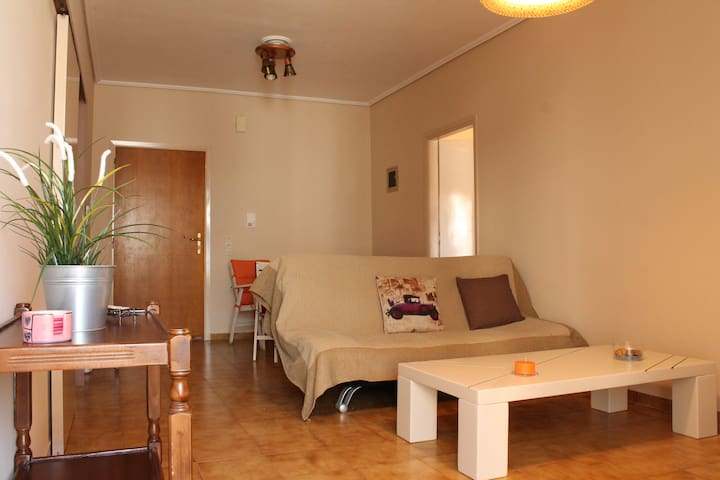 Cosy apartment close to the Ionian Sea - Kiparissia - Appartement