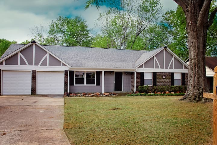 Family Friendly Home in Quiet Cove - Southaven - Maison