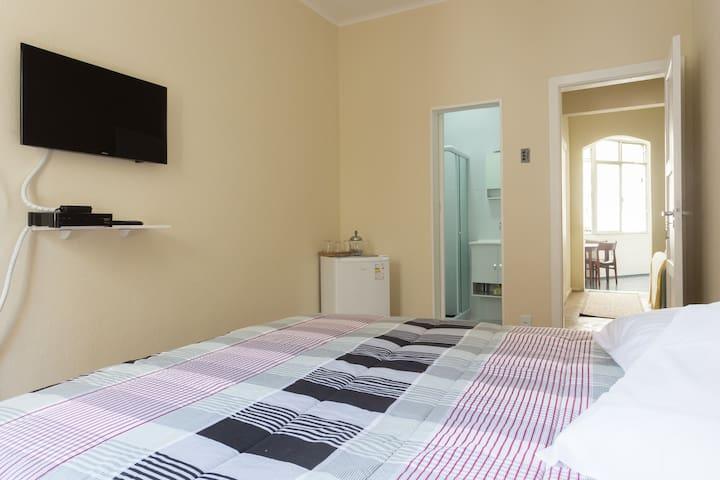 Suíte ampla com cama KING - Rio de Janeiro - Apartment