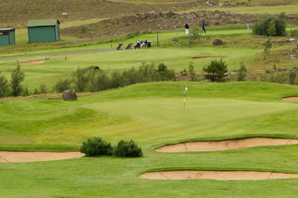 One of the finest golf courses in Iceland nearby (5 minutes walk)