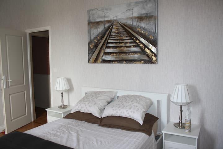 Grande chambre entre Bordeaux et Saint-Émilion