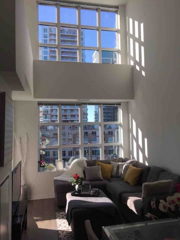 Luxurious & One of a Kind Condo + Free Parking