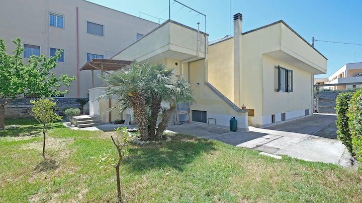 Modern Holiday Home in Good Location - Casa Vacanze Milena