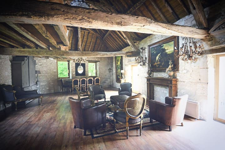 Holiday cottage in castle property
