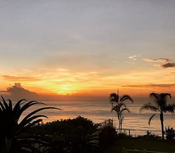 Sunrise,Sea view&lovely garden.Home away from Home - Umdloti - Pis