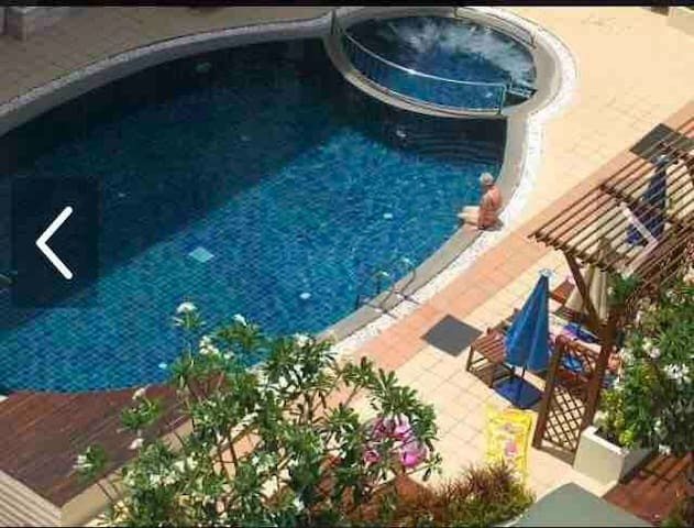 Hua hin, Beach, Central, swimming pools