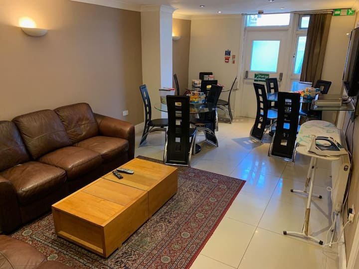En-suite Double Room (Non-Refundable)