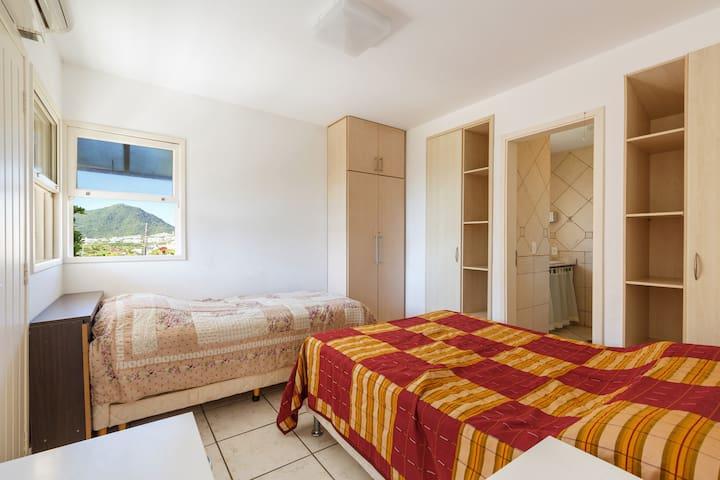 Suite com vista para o mar frente a praia - Florianopolis