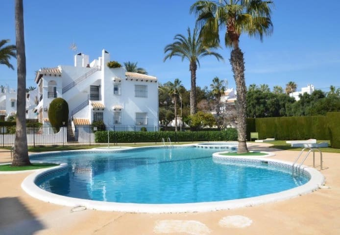 Villamartin house near beaches - Orihuela - Huis