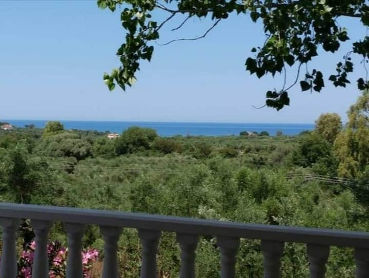 Olive grove house with panoramic sea view Wififree