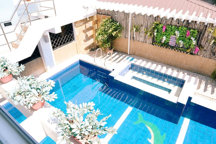 Private Pool for 10pax  (Elize Place Resort)