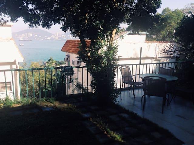 Lamma Island // PRIVATE ROOM at sea view apt - Hong Kong