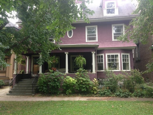 Historic House in the Elmwood Village on Parkway