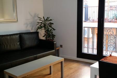 4. Apartamentos ZENTRUM. Céntricos y Confortables.
