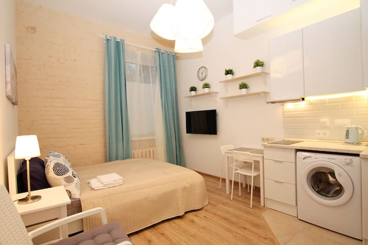 New cozy studio4 in center Moscow