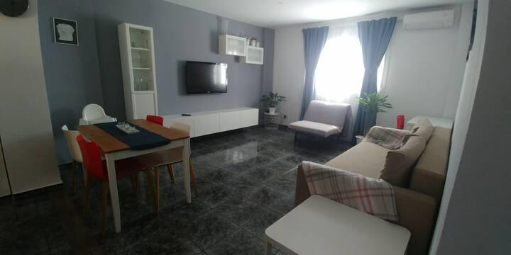 Apartamento cómodo y bien ubicado. Zona urbana
