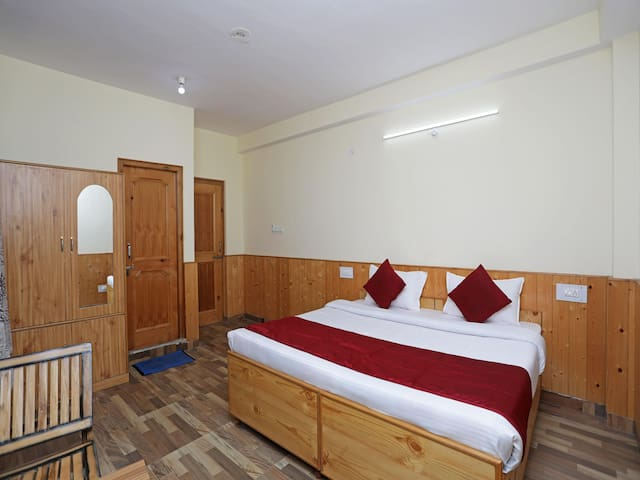 Sale Alert! Delightful Studio Home in Manali