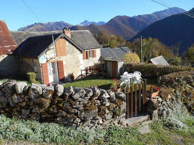 Ariège - vacances en pays du Couserans à BALACET