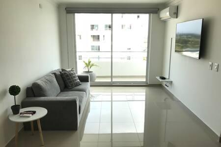 Apartamento moderno para cortas y largas estadias