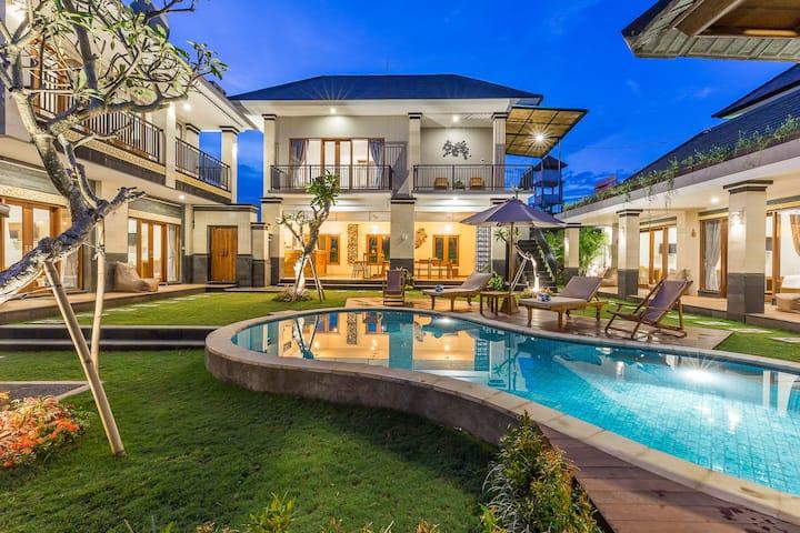 Bali&Modern Concept Accommodation in Canggu ! #C