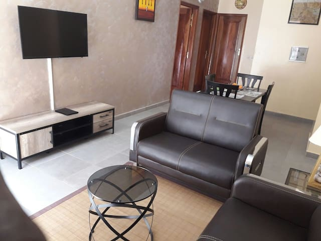 Appartement situé à 10/15 min de l'aéroport - Dakar - Apartment