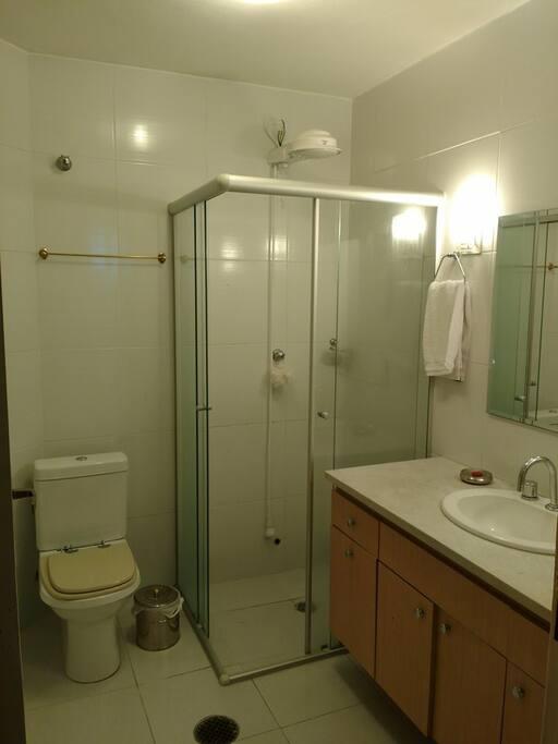 1° Banheiro compartilhado