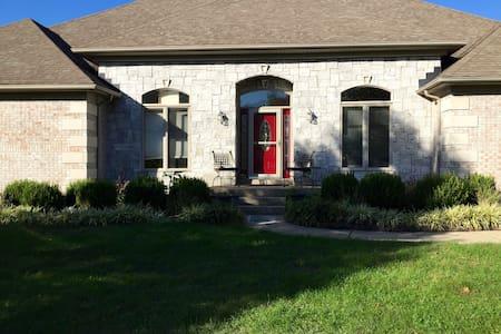 2200 square foot beautiful upscale Basement - Nicholasville
