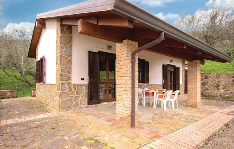 Holiday cottage with 2 bedrooms on 50 m² in Perdifumo (SA)