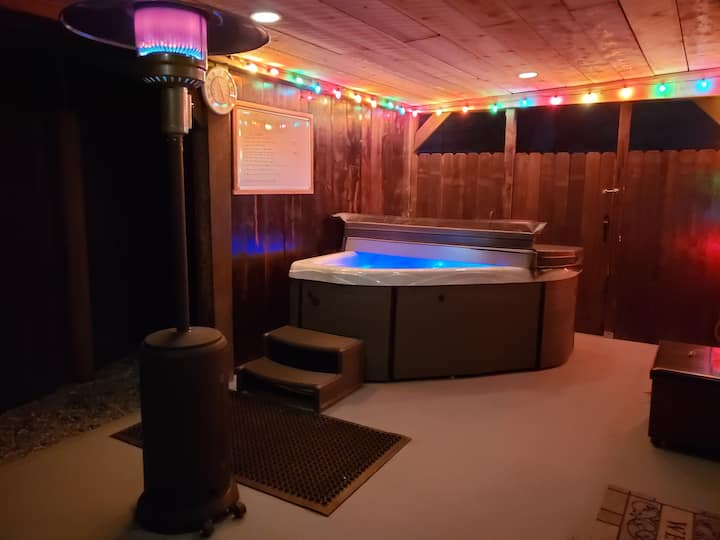 Libby's Taos Casita - Guesthouse W Private Hot Tub