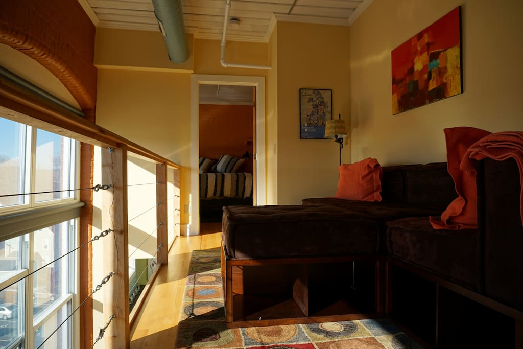 Upstairs loft and reading area. Great place to watch the sunsets.