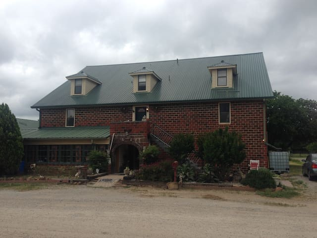 The Center of Divine Light - Jacksboro - Bed & Breakfast