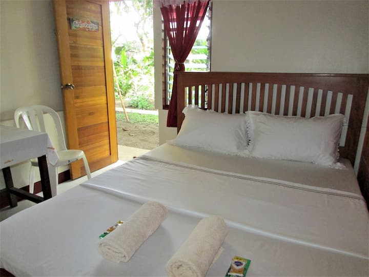 Felipa Beach Residence - Bird of Paradise Sleeps 2