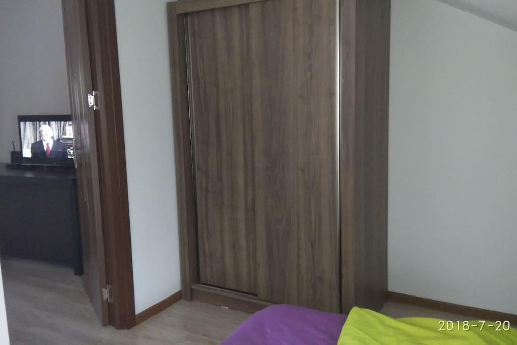 шкаф в спальне 1