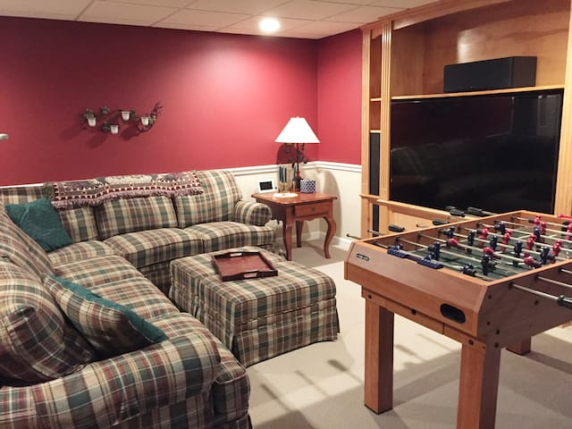 TV and Game Room