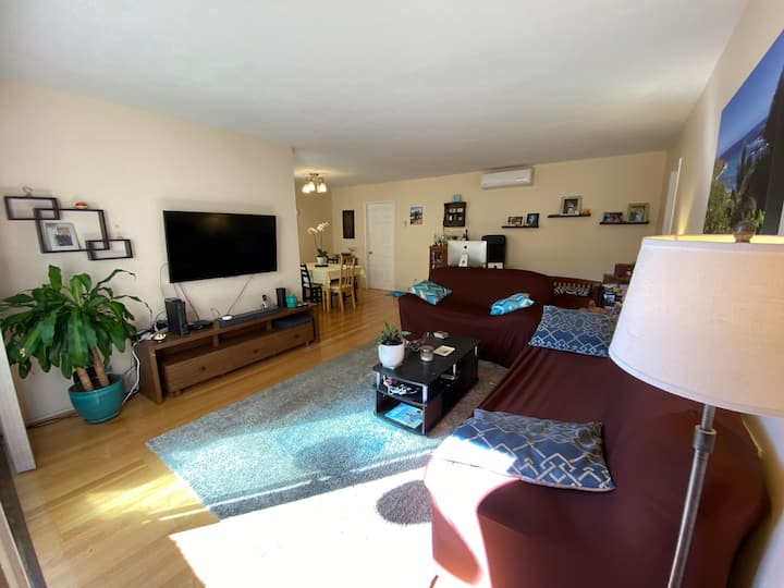 Beautiful 2BDR 2BTH Santa Monica Long Term Condo