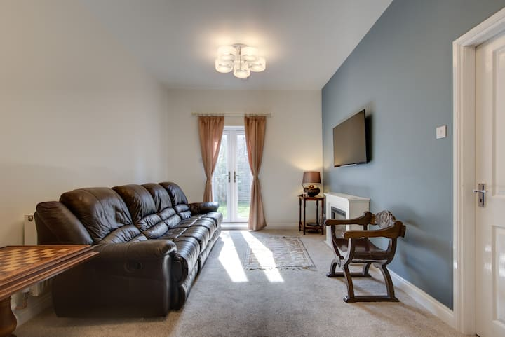 The Long Hall 2 bed ground floor annexed apartment