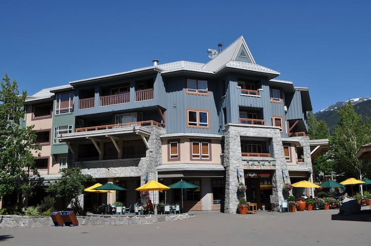 1 bed Penthouse in Heart of Whistler! - Whistler
