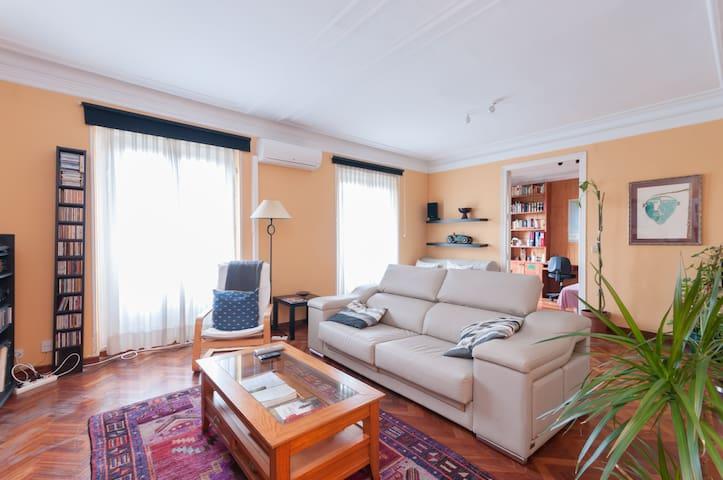 Luxury apartment in Madrid center- 130m2-