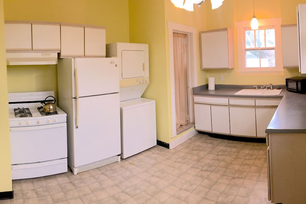 Kitchen, Washer-Dryer
