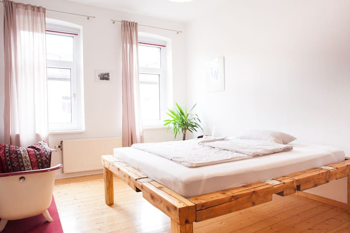 Wonderful sunny flat - Leipzig - Apartment