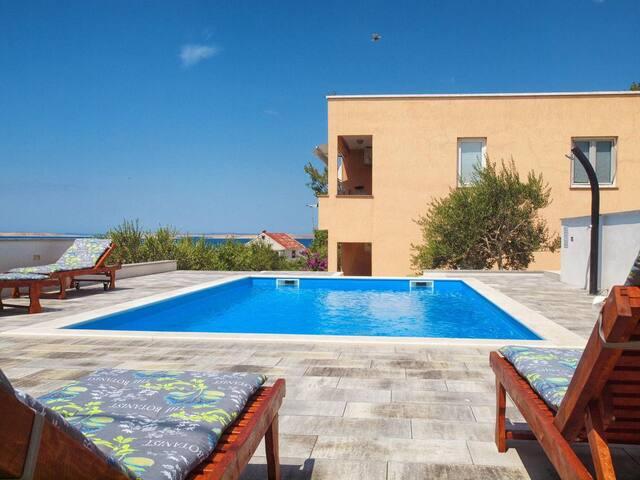Appartement d'une chambre avec la terrasse et la vue sur le mer Rtina - Stosici (Zadar) (A-12581-c)