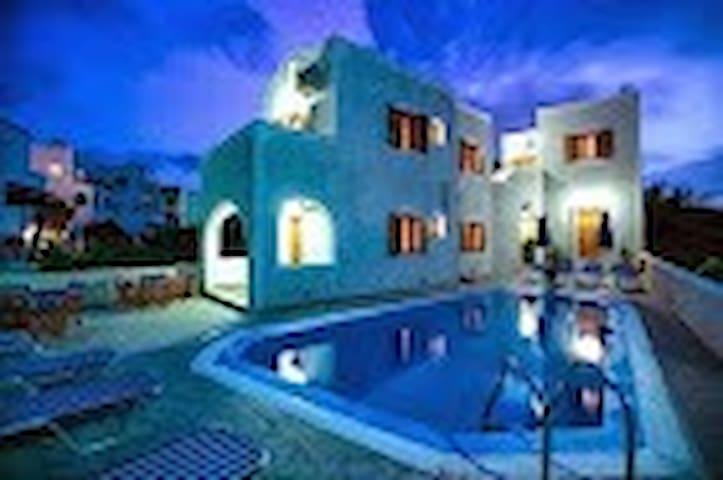 Santorini Kelenis Apartments - Karterados - Apartament