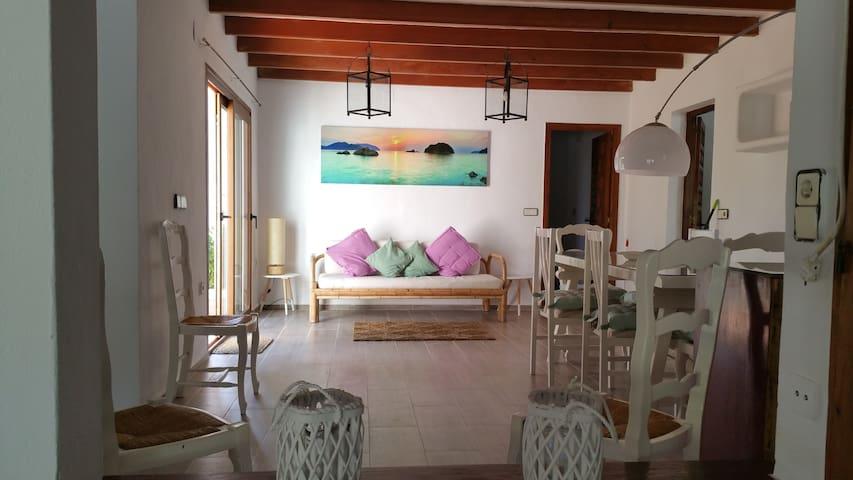 Calm Villa - Sant Josep de sa Talaia - Villa