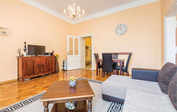 Holiday apartment with 1 bedroom on 60m² in Opatija