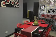 Dining area that sits 6 people in modern designDining area ta