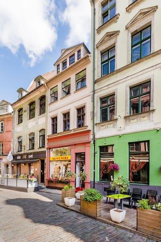 Doma square apartment - Riga