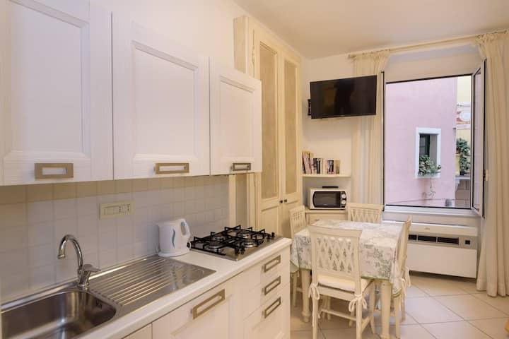 Casa Palasgio Monterosso 011019-LT-0134