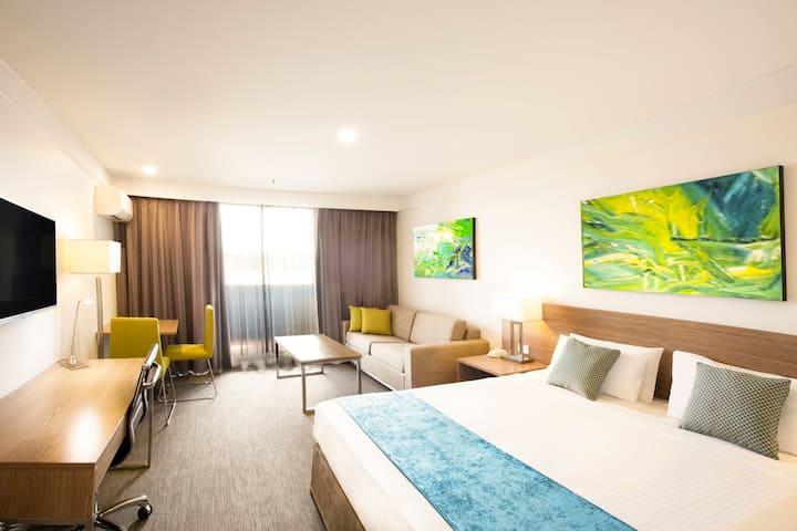 Metro Aspire Hotel Sydney - Premium Room