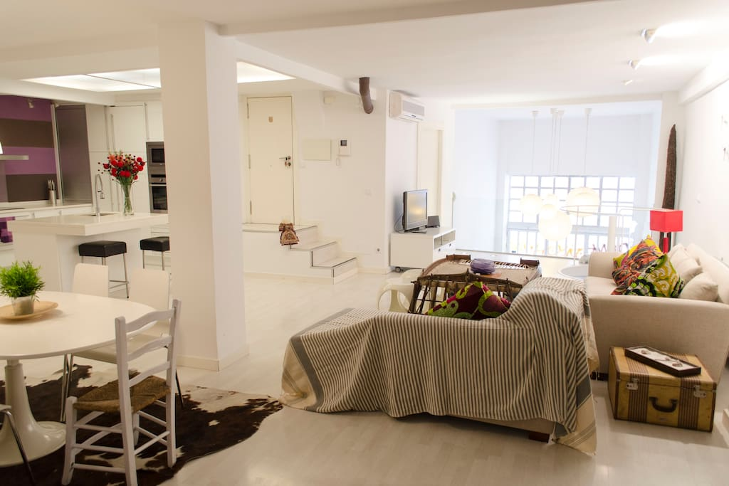 Loft área, kitchen, living and dinning area